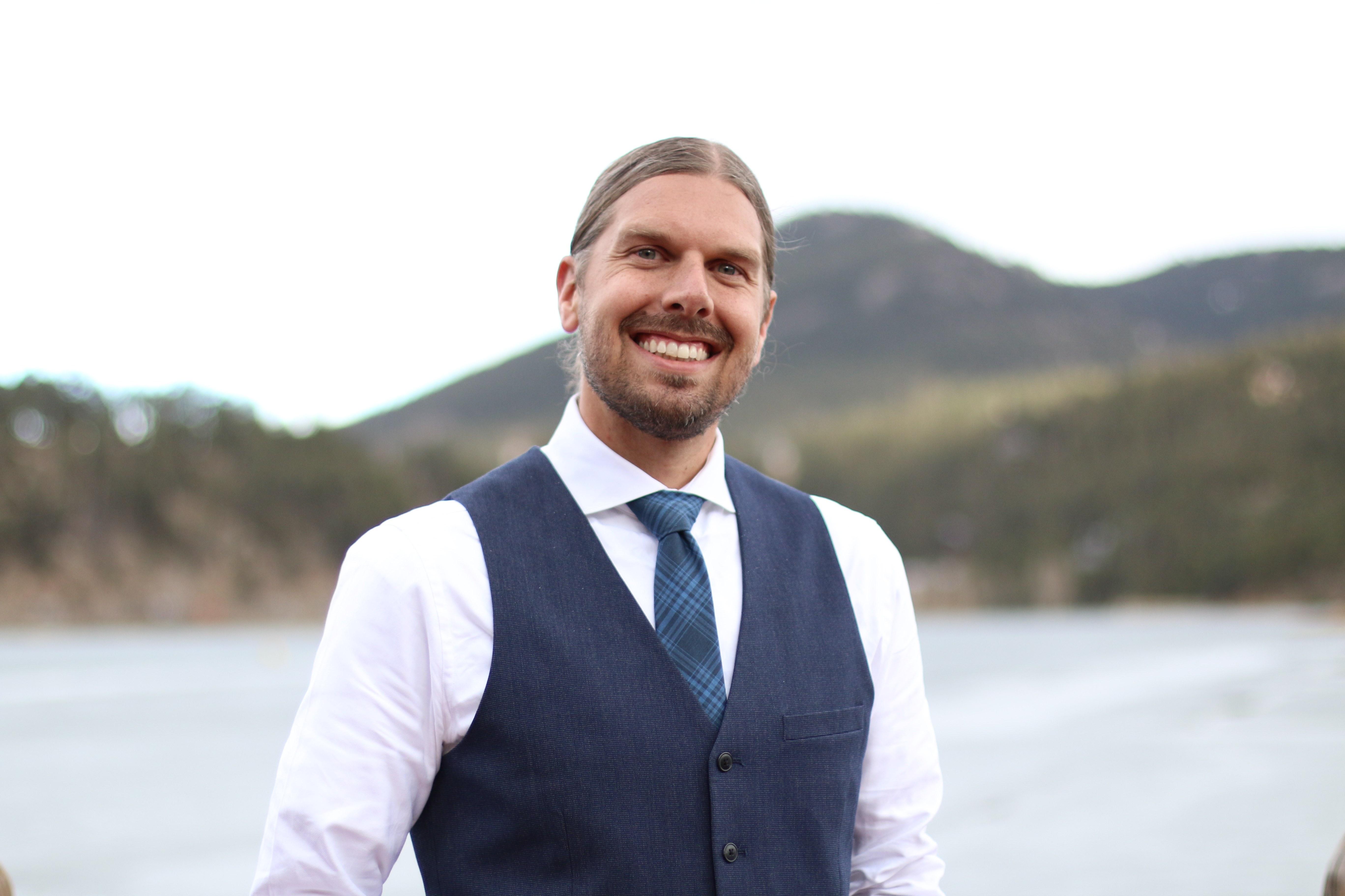 Dr. Noah Moos, D.C., QNCP